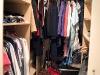 Alla kläder är äntligen på plats, tidigare kunde jag knappt komma in här pga kartonger och resväskor.