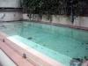 Den lilla poolen är i behov av rengöring. Det får vänta tills det blivit ordning inomhus....
