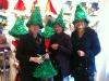 Efter en mexikansk lunch på stan hittar vi dessa roliga hattar i en dansk affär. 16 november.