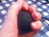 Med hjälp av en liten gummiboll tränar jag vänsterarmen.