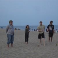 Kubbspel på stranden