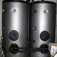 Cisterner för det uppvärmda solenergivattnet.
